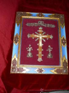 Cristo tallado en hueso