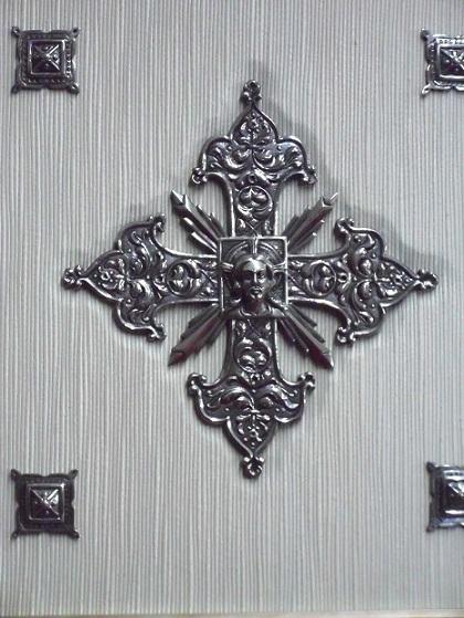 Cruz en plata 3
